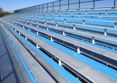 outdoor-grandstand-planking